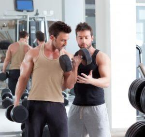 Personlig trænere står bag styrketræningsprogrammet